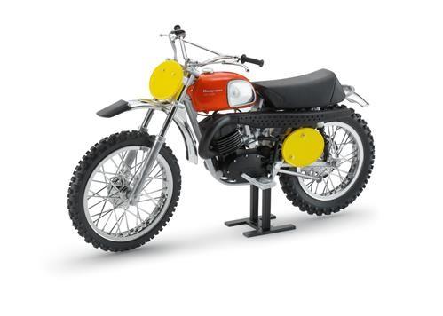 Husqvarna Model Bike Cross 400 1970 B.Aberg Replica
